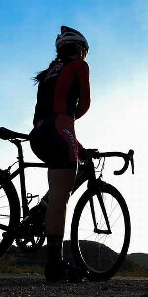 ブランド家具・楽器・オーディオ・自転車買取専門 イープラス